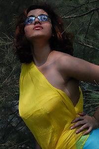 Porn Pics Indian Babe Saira Nude Enjoying On Beach