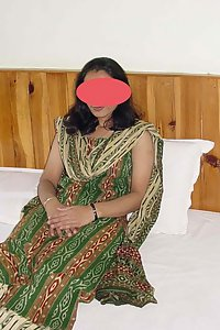 Porn Pics Sexy Indian Bhabhi Nitya Changing Clothes