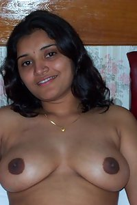 Sexy Indian Hot Babe Naked In Hotel With Client
