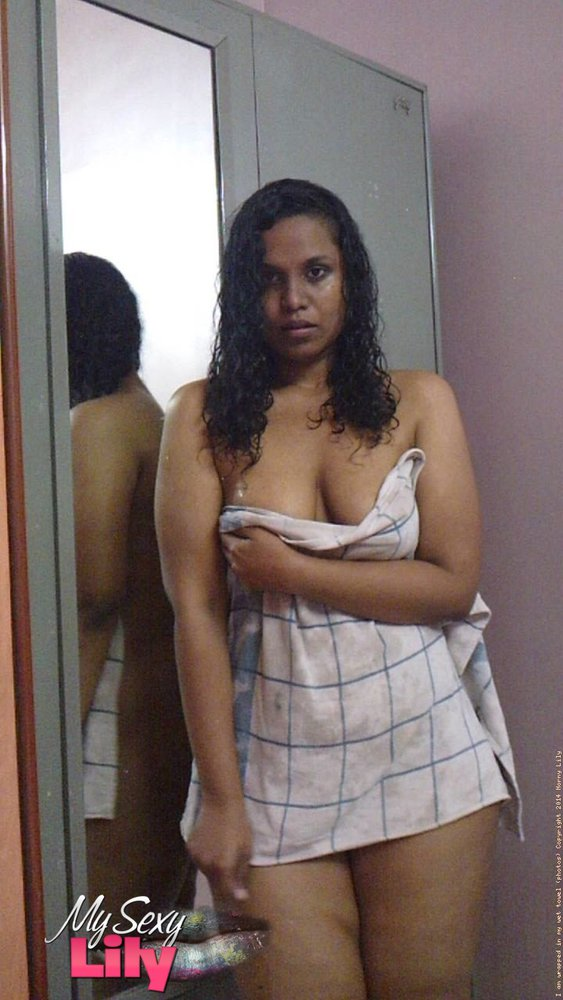 South indian babe lily in shower sex