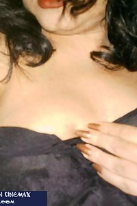Porn Pics Hot Indian Wife Shazia Sexy Nude Poses