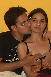 Hot Indian girls naked with their boyfriends