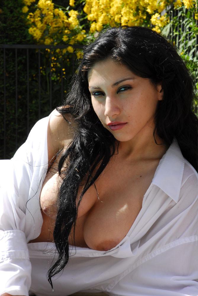 persian chat mature nudist