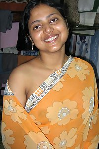 Amateur Indian Aunty Neha Sitting Nude At Home