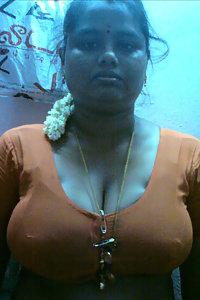 Porn Pics Indian Big Boob Shy Aunty Nude Pics
