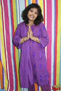 Delicious Rupali bhabhi exposing herself