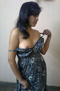 Porn Pics Shy Indian Girl Gehna Stripped Nude