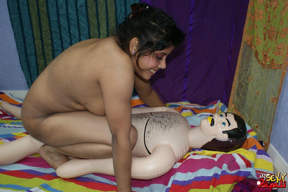 aunty nude enjoying sex with toys