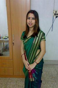 Porn Pics Sexy Indian Bhabhi Kusum Posing Hot On Camera