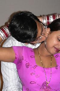 Porn Pics Indian Bhabhi Ishika Fucked By Husband
