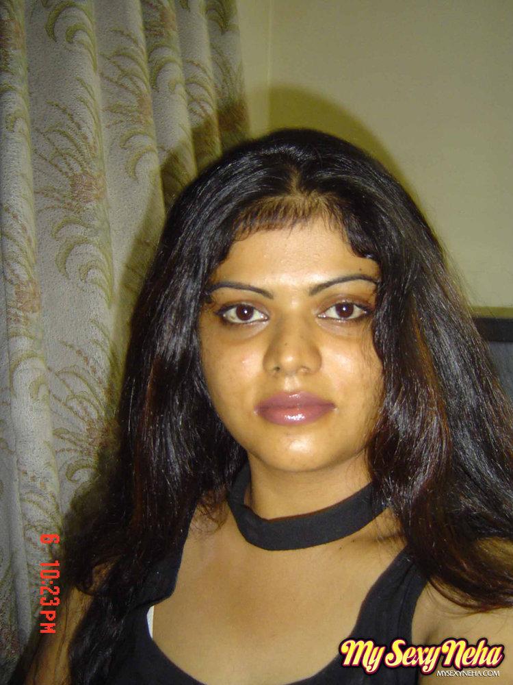 Bangalore sexy indian wife stripping saree