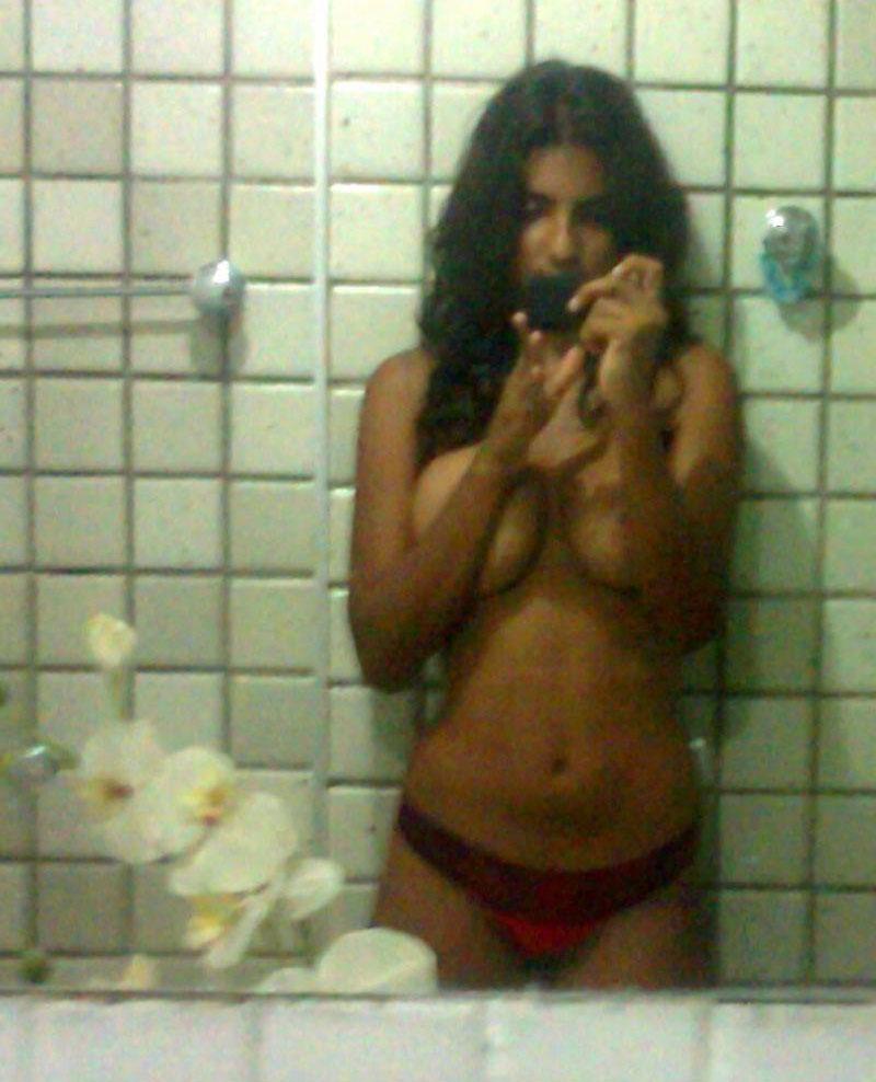 pakistani girls having nude shower
