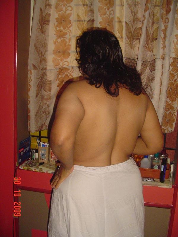 Nude women of lost