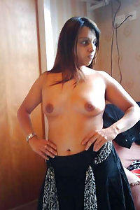 Porn Pics Horny Indian Tanishka Bhabhi Naked At Home